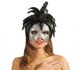 Stříbrná maska s černým peřím